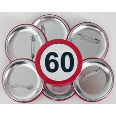 Broška s prometnim znakom za 60 let